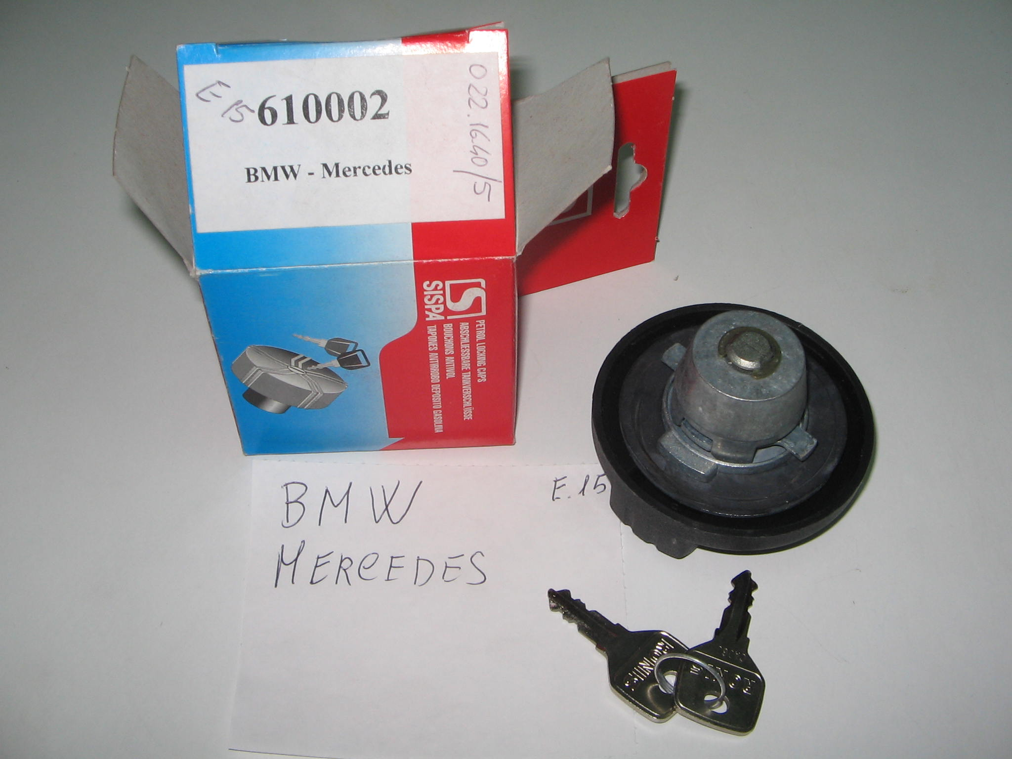 TAPPO CARBURANTE  BMW / MERCEDES --N.9038