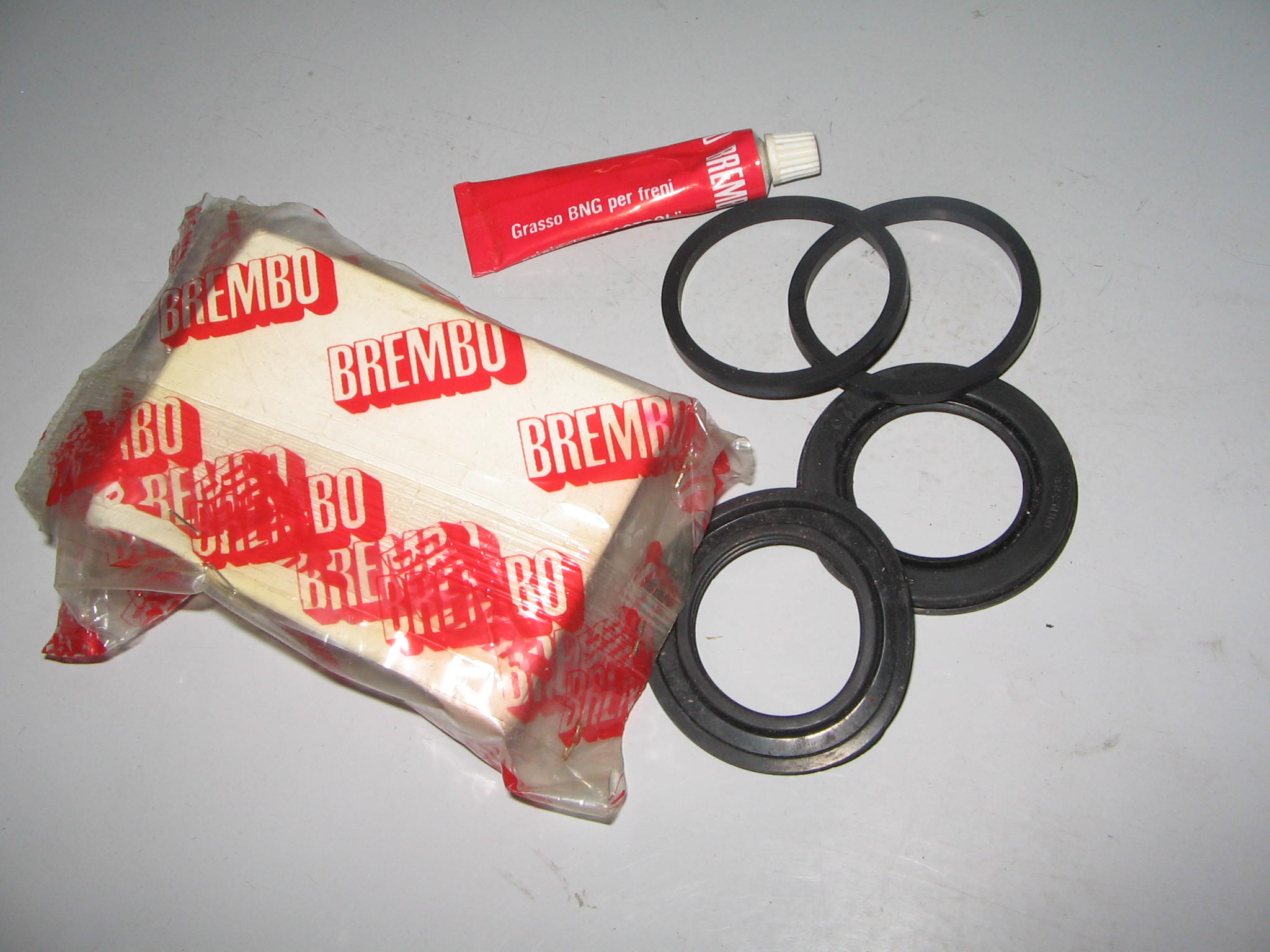 KIT REVISIONE PINZA FRENO BREMBO       N.1.434