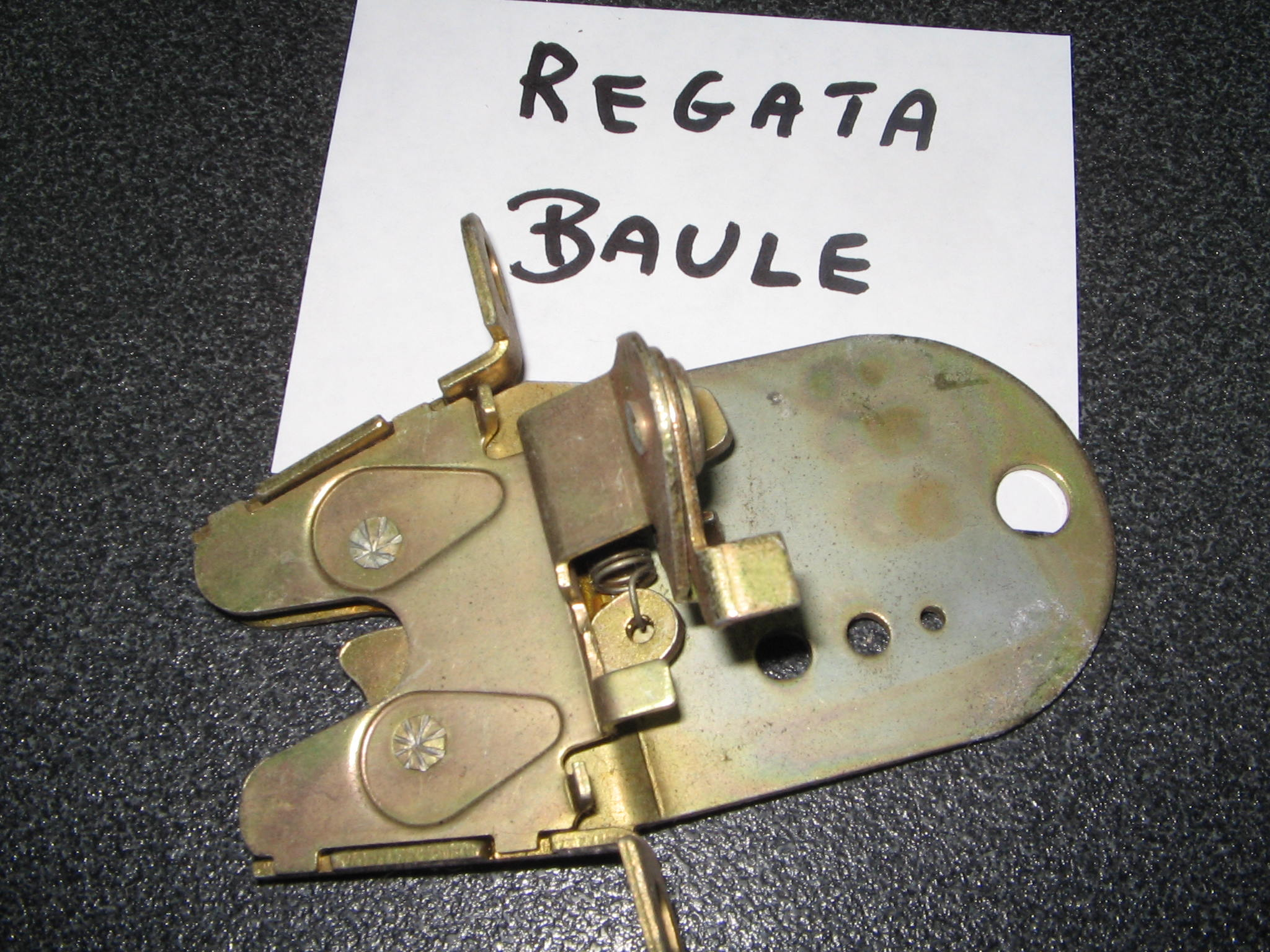 FIAT REGATA  SERRATURA  BAULE     ART.1189